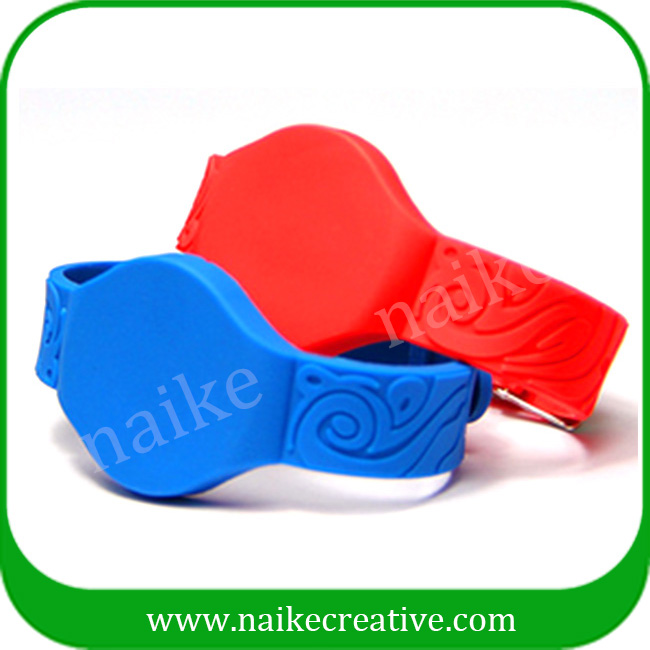 High Quality RFID silicone wristband waterproof for smming pool