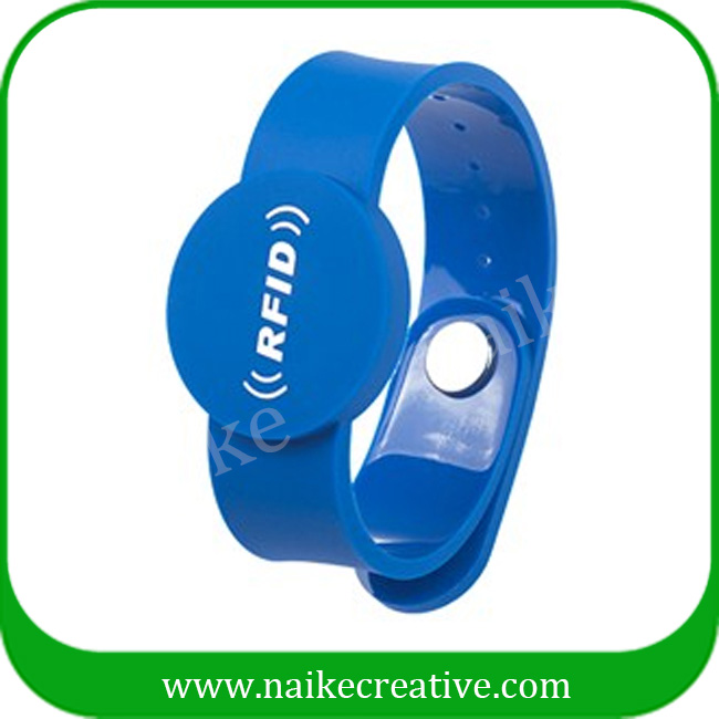 Silicone rfid wristband for swimming pool