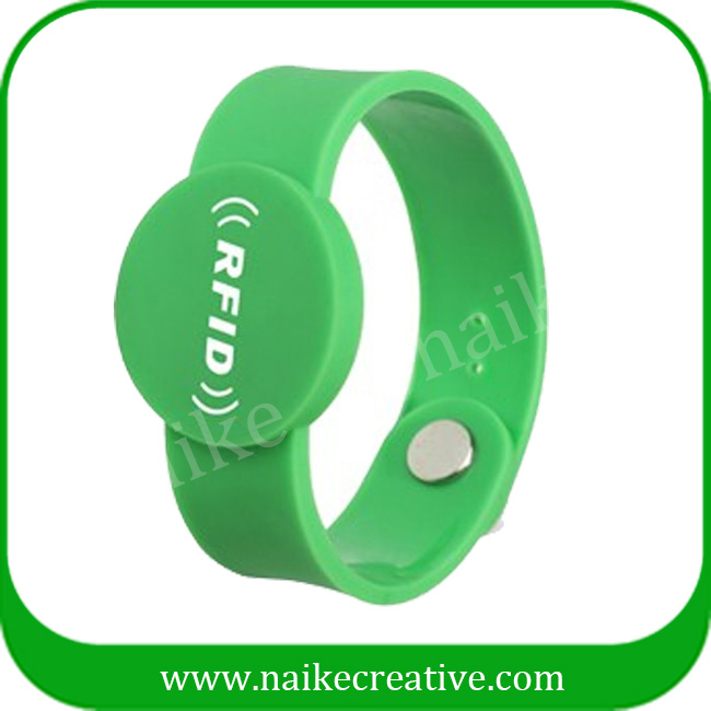 Personalized bracelet round dial smart rfid wristband
